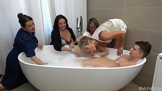 Chap in the tub suits all these matures with healthy making out