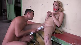Leashed Rebecca Inky over-stimulated with vibrator during slavery sex
