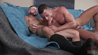 Naked gay lovers suck and fuck in silly hardcore XXX