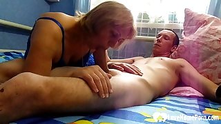 Lucky guy gets a enunciated from his stepmom