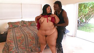 BBW ebony wants dramatize expunge young man's huge dong in both holes