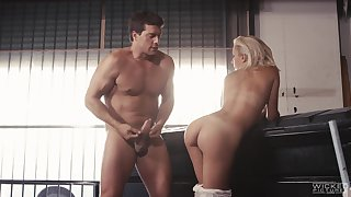 Bonny meritorious Sophia Grace fucked balls abyss in her orgasmic snatch